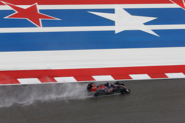 Circuit of the Americas, Austin, Texas, United States of America.  Sunday 25 October 2015. Max Verstappen, Toro Rosso STR10 Renault. World Copyright: Charles Coates/LAT Photographic ref: Digital Image _J5R3796