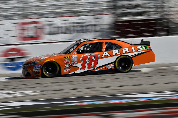 27-28 February 2015, Hampton, Georgia USA Daniel Suarez, Arris Toyota Camry ?2015, John Harrelson/LAT Photo USA