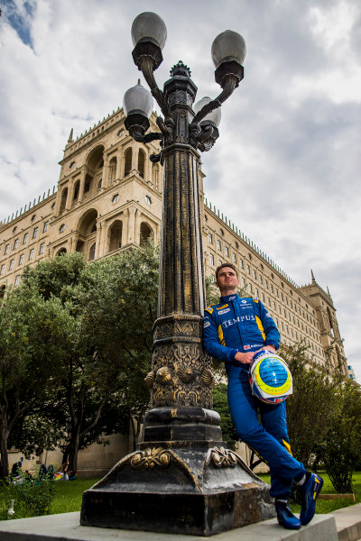 2017 FIA Formula 2 Round 4. Baku City Circuit, Baku, Azerbaijan. Thursday 22 June 2017. Oliver Rowland (GBR, DAMS)  Photo: Zak Mauger/FIA Formula 2. ref: Digital Image _54I9246