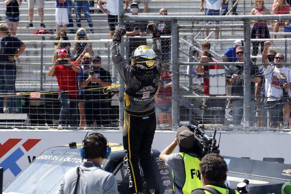 #2: Sheldon Creed, GMS Racing, Chevrolet Silverado Chevy Accessories celebrates his win