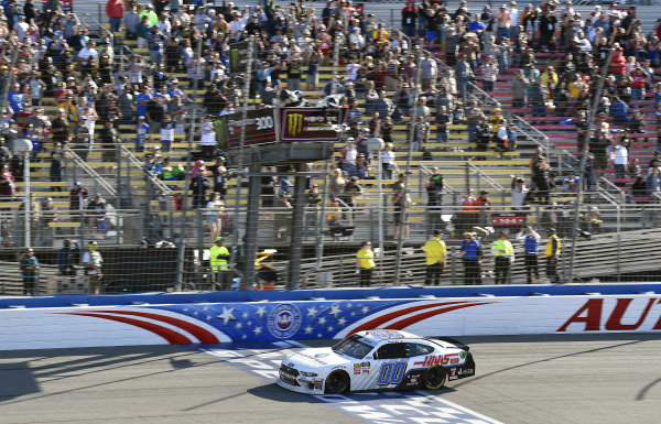 #00: Cole Custer, Stewart-Haas Racing, Ford Mustang Thompson Pipe/Haas CNC takes the checkered flag and the win