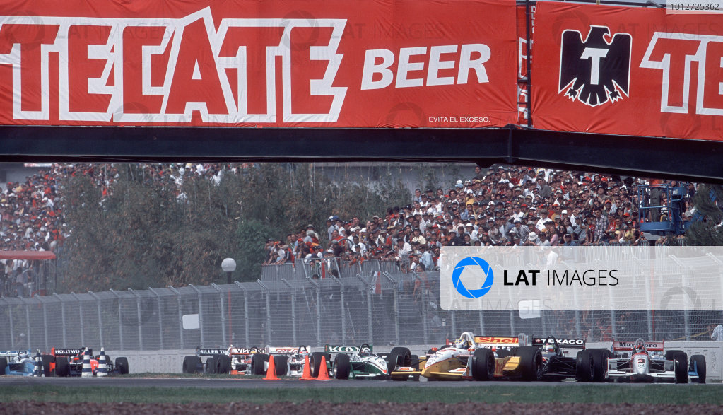 2001 CART Monterrey MexicoKenny Brack leads through the first corner. 18 MB FILE.-2001, Phil Abbott, USALAT PHOTOGRAPHIC