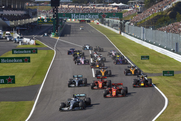 Valtteri Bottas, Mercedes AMG F1, leads at the start from Sebastian Vettel, Ferrari SF90, Charles Leclerc, Ferrari SF90, Max Verstappen, Red Bull Racing RB15, Lewis Hamilton, Mercedes AMG F1 W10 Carlos Sainz Jr., McLaren MCL34, Lando Norris, McLaren MCL34 and the rest of the pack. Robert Kubica, Williams FW42, starts from the pit lane