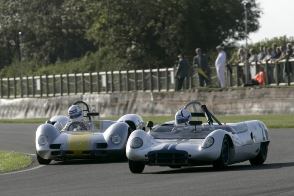 2006 Goodwood Revival Meeting. Goodwood, West Sussex. 2nd - 3rd September 2006 Madgewick Cup.Simon Hadfield-Elva BMW MK8 gets inside Anthony Taylor- Willment BRM.World Copyright: Gary Hawkins/LAT Photographic ref: Digital Image Only