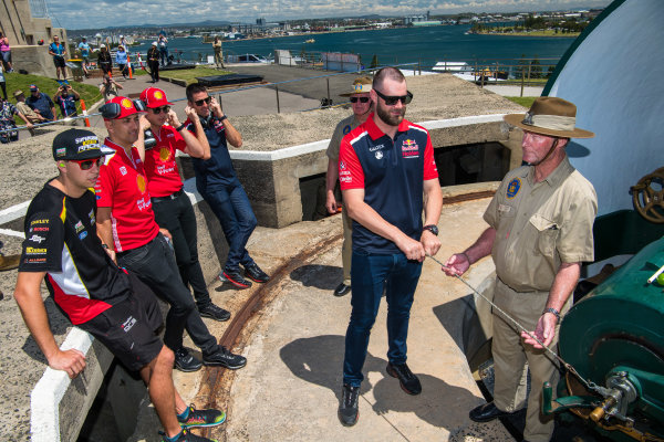 2017 Supercars Championship Round 14.  Newcastle 500, Newcastle Street Circuit, Newcastle, Australia. Thursday November 23rd to Sunday November 27th 2017. Shane van Gisbergen, Triple Eight Race Engineering Holden.  World Copyright: Daniel Kalisz/LAT Images Ref: Digital Image 231117_VASCR14_DKIMG_0121.jpg