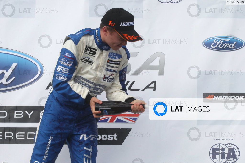 2016 MSA Formula Donington Park, 16th-17th April 2016, Max Fewtrell (GBR) Carlin MSA Formula  World copyright. Jakob Ebrey/LAT Photographic