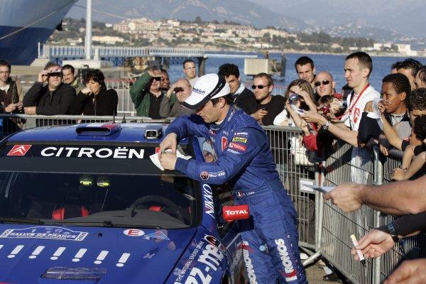 2006 FIA World Rally Champs. Round 5 Rally de France 5-8 April 2006 Sebastien Loeb, CitroenWorld Copyright: McKlein/LAT