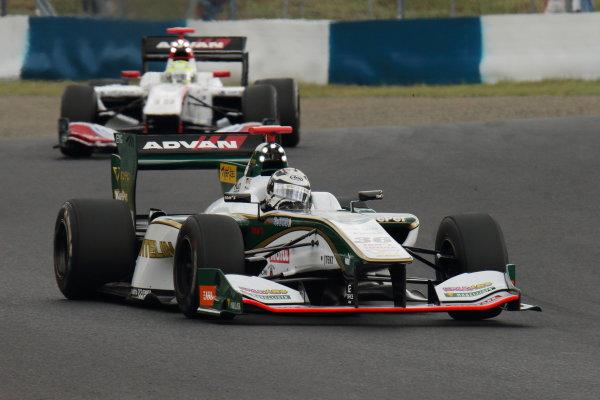 2017 Japanese Super Formula. Okayama, Japan. 27th - 28th May 2017. Rd 2. Race 1 Winner Andre Lotterer ( #36 VANTELIN KOWA TOM?S SF14 ) action World Copyright: Yasushi Ishihara / LAT Images. Ref: 2017SF_Rd2_Race1_003