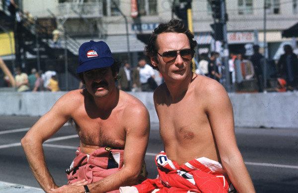 Long Beach, Calfornia, USA. 26-28 March 1976.Clay Regazzoni (left) with Ferrari team mate Niki Lauda.World Copyright - LAT Photographic