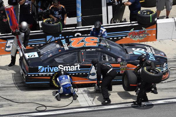 #52: J.J. Yeley, Rick Ware Racing, Ford Mustang DriveSmartWarranty.com