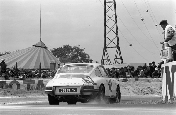 Herbert Linge / Robert Buchet, Auguste Veuillet, Porsche 911S.
