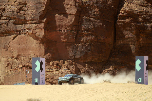 Molly Taylor (AUS)/Johan Kristoffersson (SWE), Rosberg X Racing cross the finish line