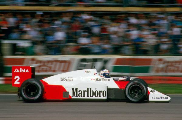 Silverstone, England.19-21 July 1985.Alain Prost (McLaren MP4/2B TAG Porsche) 1st position.Ref-85 GB .World Copyright - LAT Photographic