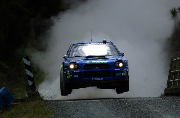 2002 World Rally Championship.Propecia Rally of New Zealand, Auckland, October 3rd-6th.Petter Solberg jumps on stage 11.Photo: Ralph Hardwick/LAT