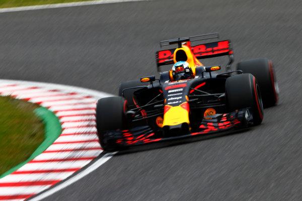 Suzuka Circuit, Japan. Saturday 07 October 2017. Daniel Ricciardo, Red Bull Racing RB13 TAG Heuer. World Copyright: Andy Hone/LAT Images  ref: Digital Image _ONZ2269