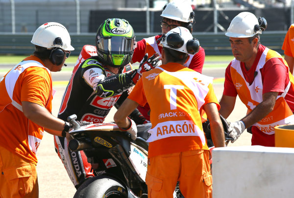 2017 MotoGP Championship - Round 14 Aragon, Spain. Saturday 1 January 2000 Cal Crutchlow, Team LCR Honda with marshal World Copyright: Gold and Goose / LAT Images ref: Digital Image 694228