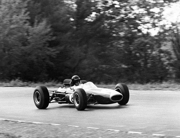 1965 United States Grand Prix.Watkins Glen, United States. 3 October 1965.Dan Gurney, Brabham BT11-Climax, 2nd position, action.World Copyright: LAT PhotographicRef: b&w print