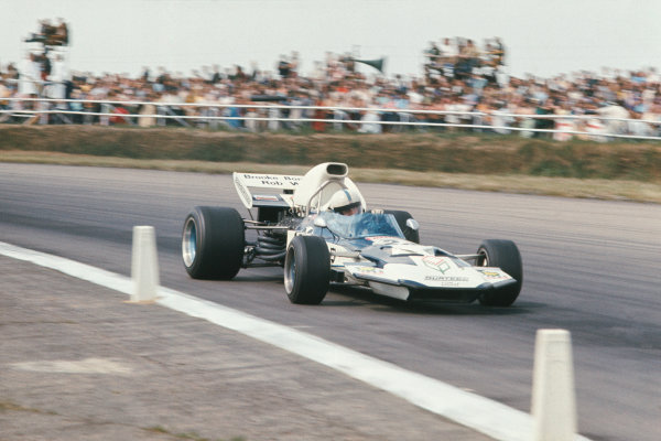 1971 British Grand Prix.  Silverstone, England. 15-17th July 1971.  John Surtees, Surtees TS9 Ford, 6th position.  Ref: 71GB20. World Copyright: LAT Photographic