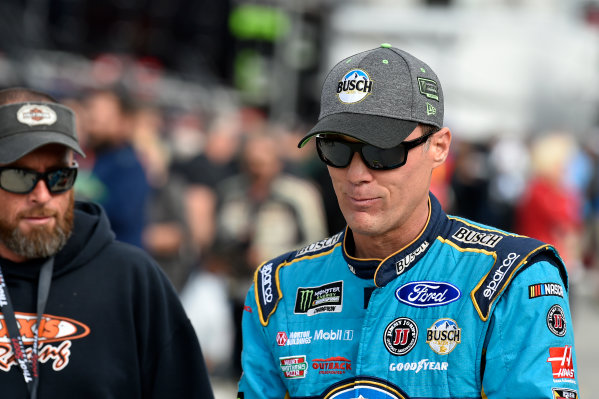 Monster Energy NASCAR Cup Series First Data 500 Martinsville Speedway, Martinsville VA USA Saturday 28 October 2017 Kevin Harvick, Stewart-Haas Racing, Busch NA Ford Fusion World Copyright: Scott R LePage LAT Images ref: Digital Image lepage-171028-mart-3190