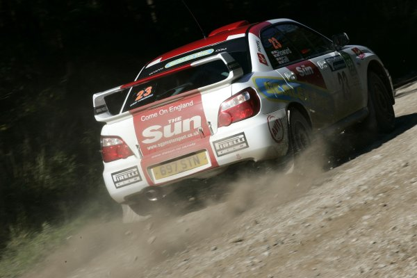 2006 British Rally ChampionshipTrackrod Rally, Yorkshire.7th October 2006Rob Gill and Anders HowardWorld Copyright - Ebrey/LAT Photographic