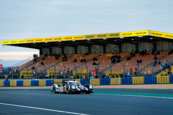 2016 Le Mans 24 Hours. Circuit de la Sarthe, Le Mans, France. Porsche Team / Porsche 919 Hybrid - Timo Bernhard (DEU), Mark Webber (AUS), Brendon Hartley (NZL).   Sunday 19 June 2016 Photo: Adam Warner / LAT ref: Digital Image _L5R6619