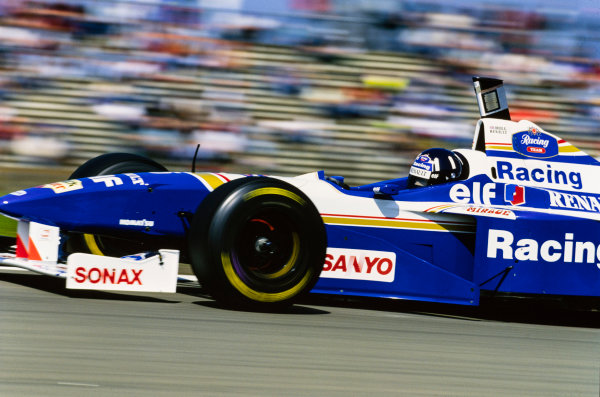 1996 European Grand Prix  Nurburgring, Germany. 26-28 April 1996.  Damon Hill, Williams FW18 Renault, 4th position.  Ref: 96EUR16. World copyright: LAT Photographic