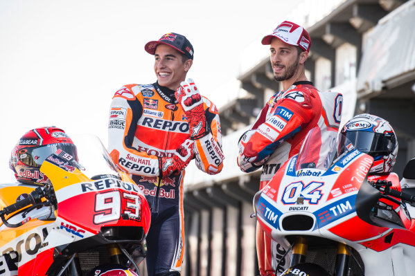 2017 MotoGP Championship - Round 18 Valencia, Spain  Thursday 9 November 2017 Marc Marquez, Repsol Honda Team, Andrea Dovizioso, Ducati Team  World Copyright: Alexander Trienitz/LAT Images ref: Digital Image 704395