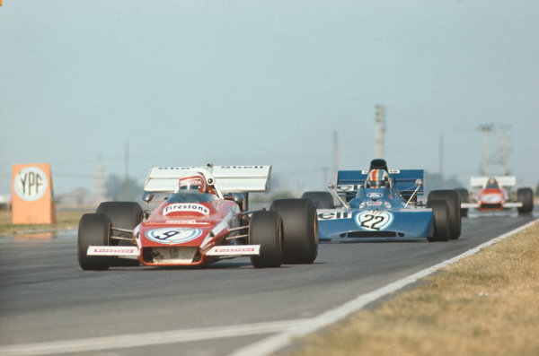 1972 Argentinian Grand Prix.  Buenos Aires, Argentina. 21st-23rd January 1972.  Clay Regazzoni, Ferrari 312B2, 4th position, leads François Cevert, Tyrrell 002 Ford, retired.  Ref: 72ARG04. World Copyright: LAT Photographic