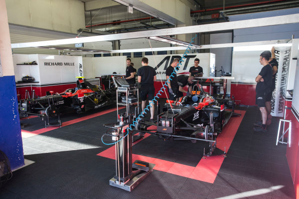 2017 FIA Formula 2 Round 10. Circuito de Jerez, Jerez, Spain. Thursday 5 October 2017. Nobuharu Matsushita (JPN, ART Grand Prix) and Alexander Albon (THA, ART Grand Prix) cars in the garage. Photo: Andrew Ferraro/FIA Formula 2. ref: Digital Image _FER8115
