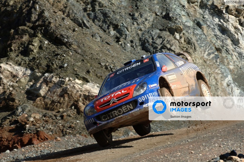 Colin McRae (GBR), Citroen Xsara WRC, jumps on Stage 11. FIA World Rally Championship, Rd13, Rally of Turkey, Kemer, Turkey, Day Two, Saturday 14 October 2006. DIGITAL IMAGE