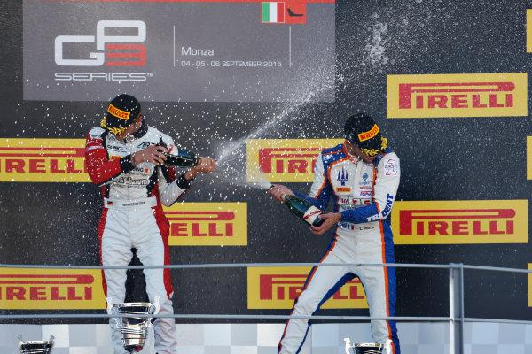 2015 GP3 Series Round 6. Autodromo Nazionale di Monza, Monza, Italy. Sunday 6 September 2015. Marvin Kirchhofer (GER, ART Grand Prix), celebrates on the podium with Luca Ghiotto (ITA, Trident). World Copyright: Sam Bloxham/LAT Photographic. ref: Digital Image _SBL3760