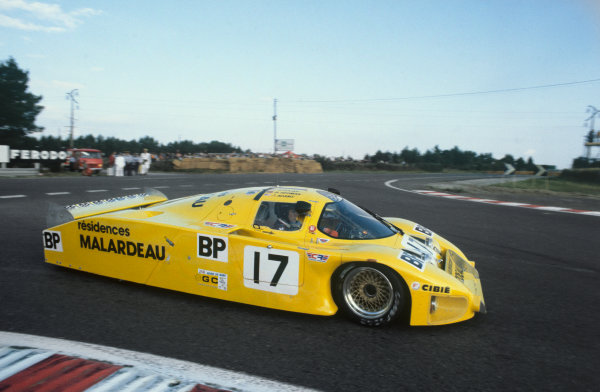 1982 Le Mans 24 hours. Le Mans, France. 19th - 20th June 1982. Brian Redman / Ralph Kent-Cooke (Lola T610 Ford), retired, action. World Copyright: LAT Photographic. Ref: 82LM41.