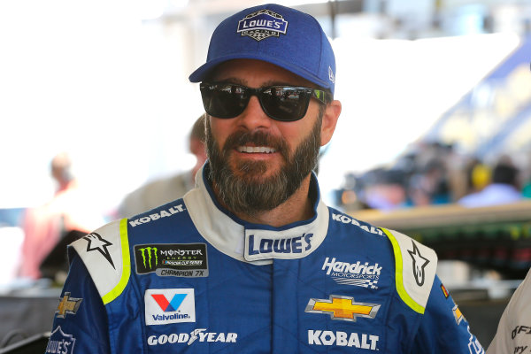 2017 Monster Energy NASCAR Cup Series - Camping World 500 Phoenix International Raceway - Avondale, AZ USA Friday 17 March 2017 Jimmie Johnson World Copyright: Russell LaBounty/LAT Images ref: Digital Image 17PHX1rl_0413
