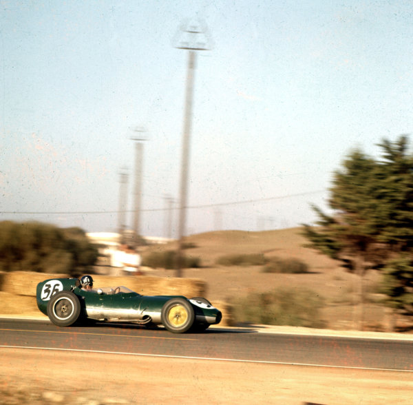 1958 Moroccan Grand Prix.Ain-Diab, Casablanca, Morocco.17-19 October 1958.Graham Hill (Lotus 16 Climax) during practice.Ref-3/0126.World Copyright - LAT Photographic