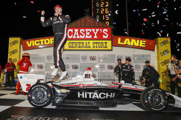 Josef Newgarden, Team Penske Chevrolet celebrates the win in victory lane