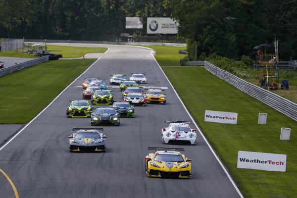 Start, #3: Corvette Racing Corvette C8.R, GTLM: Antonio Garcia, Jordan Taylor