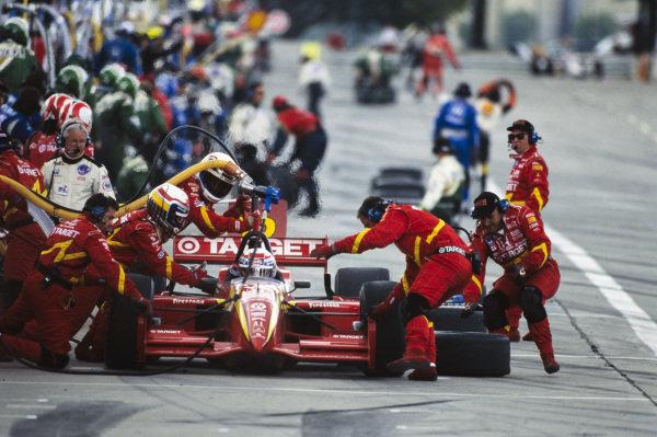 Alex Zanardi, Chip Ganassi Racing, Reynard 98i Honda, makes a pitstop.