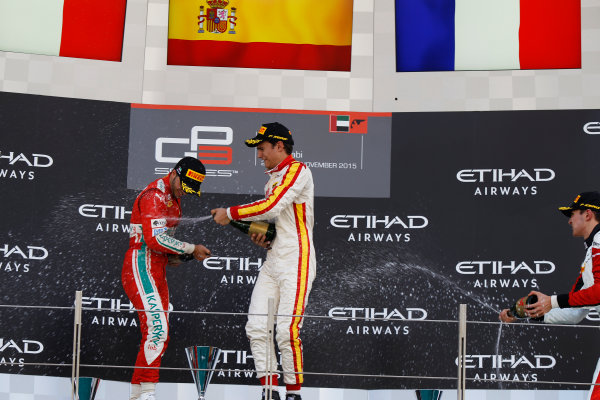 2015 GP3 Series Round 9 Yas Marina Circuit, Abu Dhabi, UAE. Sunday 29 November 2015. Alex Palou (ESP, Campos Racing) & Antonio Fuoco (ITA, Carlin)  Photo: Sam Bloxham/GP3 Series Media Service. ref: Digital Image _G7C8762