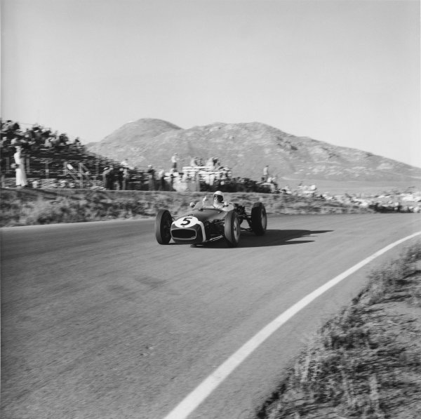 Riverside, California, USA. 18th - 20th November 1960.