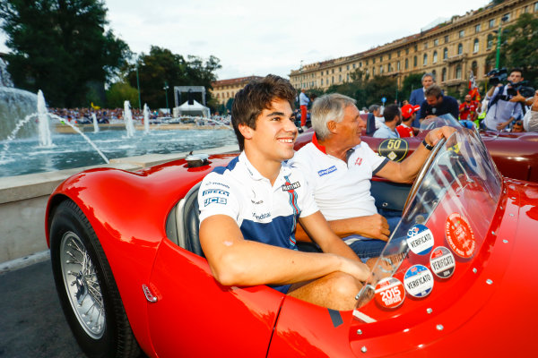 Autodromo Nazionale di Monza, Italy. Thursday 31 August 2017. Lance Stroll, Williams Martini Racing, at the parade in Milan. World Copyright: Steven Tee/LAT Images  ref: Digital Image _R3I2497