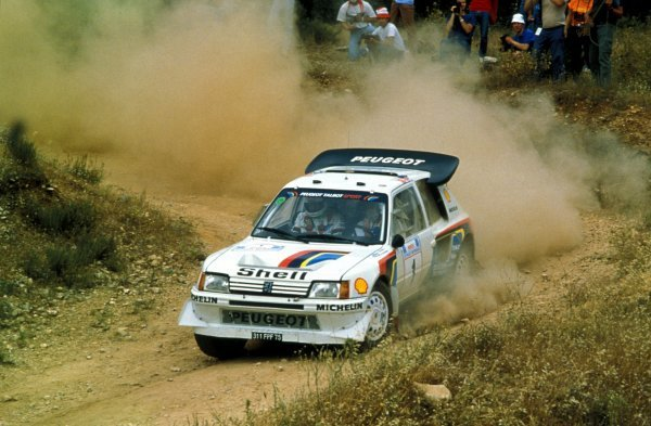 Timo Salonen (FIN) / Seppo Harjanne (FIN) Peugeot 205 T16 E2 retired with suspension problems on SS27.