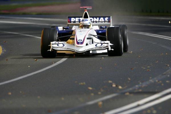 2006 Australian Grand Prix - Saturday Practice Albert Park, Melbourne, Australia. 29th March - 2nd April 2006 Nick Heidfeld, BMW Sauber F1.06, action. World Copyright: Glenn Dunbar/LAT Photographic.  ref: Digital Image YY8P6691.
