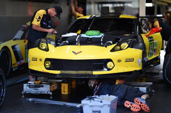 2017 Le Mans 24 Hours test day. Circuit de la Sarthe, Le Mans, France. Friday 2 June 2017 #64 Corvette Racing Corvette C7.R: Oliver Gavin, Tommy Milner, Marcel Fassler World Copyright: Rainier Ehrhardt/LAT Images ref: Digital Image 24LM-testday-re-0271