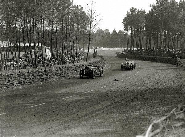 Le Mans, France. 16-17 June 1934.H Brigham-Metchin/CH Masters (Austin Seven) leads Adrien Alin/Albert Alin (BNC).Ref-Motor 800/83.World Copyright - LAT Photographic