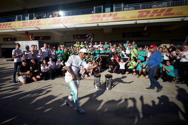 Circuit of the Americas, Austin, Texas, United States of America. Sunday 22 October 2017. Lewis Hamilton, Mercedes AMG, 1st Position, and the Mercedes team celebrate victory in the race and the Constructors Championship. World Copyright: Steve Etherington/LAT Images  ref: Digital Image SNE19844