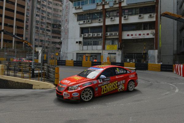 2013 World Touring Car Championship. Round 12 - Circuit de Guia, Macau, China. Sunday 17 November 2013. Race1, Alex MacDowall (GBR) Chevrolet Cruze 1.6T, bamboo-engineering. World Copyright: XPB Images / LAT Photographic. ref: Digital Image PHOTO4_560450