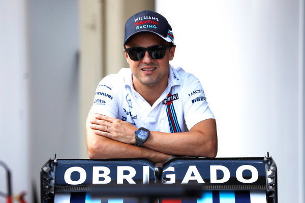 Interlagos, Sao Paulo, Brazil. Thursday 10 November 2016. Felipe Massa, Williams Martini Racing, reveals a new livery for his final Brazilian Grand Prix. World Copyright: Glenn Dunbar/LAT Photographic ref: Digital Image _X4I1962