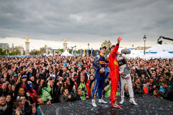 Race. Sebastien Buemi (SUI), Renault e.Dams Z.E.15, Lucas Di Grassi (BRA), ABT Audi Sport FE01, Jean-Eric Vergne (FRA), DS Virgin Racing DSV-01. Paris e-Prix,  Paris, France, Europe. Saturday 23 April 2016 Photo: Adam Warner /LAT/FE ref: Digital Image _L5R8088