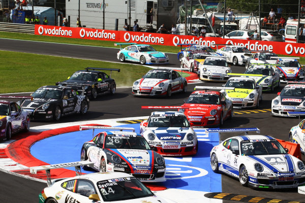 Some chicane hopping at the start of the race. Porsche Supercup, Rd 9, Monza, Italy, 10-12 September 2010.