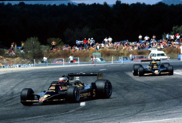 Paul Ricard, Le Catellet, France.30/6-2/7 1978.Mario Andretti leads Ronnie Peterson (both Lotus 79 Ford's). They finished in 1st and 2nd positions respectively.World Copyright - LAT Photographic